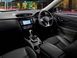 X-Trail_interior-Copy.jpg
