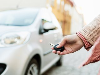 choosing_car_insurance_large - Copy.jpg