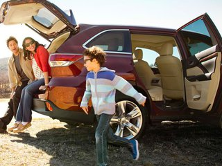family-friendly-vehicles-cover-LONG.jpg
